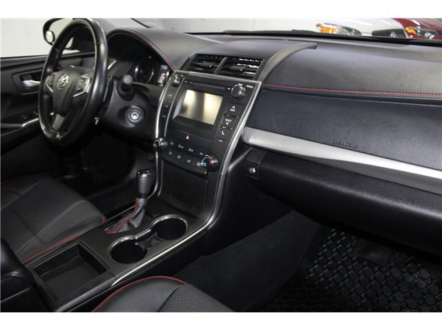 2016 Toyota Camry SE (Stk: 298335S) in Markham - Image 16 of 24