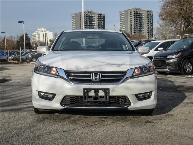 2015 Honda Accord Sport (Stk: 51040) in Toronto - Image 2 of 21