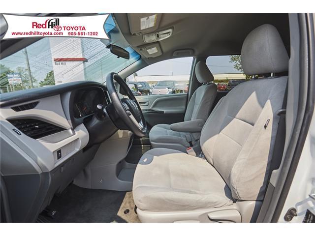2017 Toyota Sienna 7 Passenger (Stk: 54752) in Hamilton - Image 3 of 18
