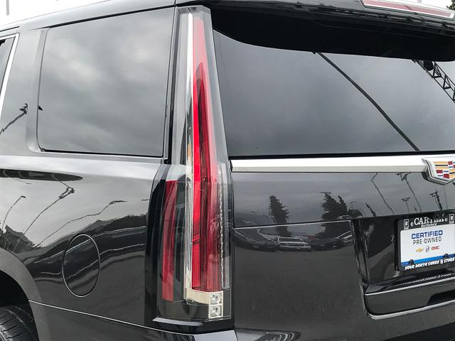2017 Cadillac Escalade Platinum (Stk: 972360) in North Vancouver - Image 12 of 26