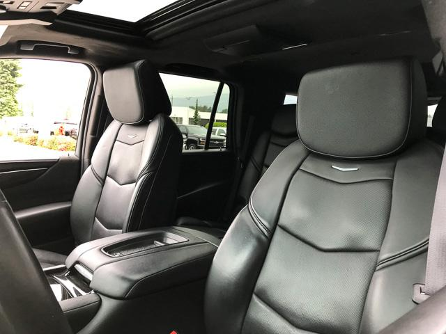 2017 Cadillac Escalade Platinum (Stk: 972360) in North Vancouver - Image 20 of 26