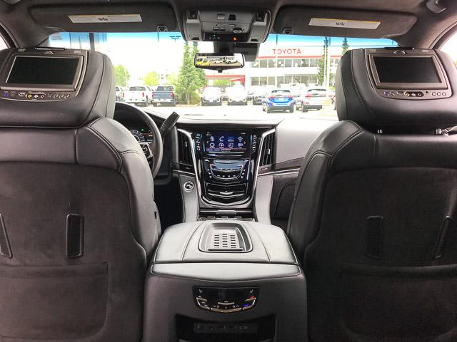 2017 Cadillac Escalade Platinum (Stk: 972360) in North Vancouver - Image 26 of 26