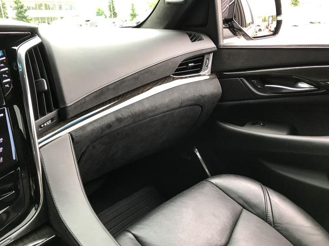 2017 Cadillac Escalade Platinum (Stk: 972360) in North Vancouver - Image 24 of 26