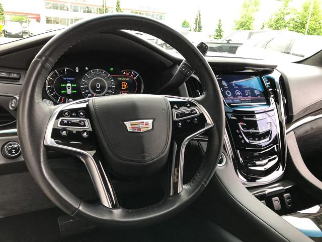 2017 Cadillac Escalade Platinum (Stk: 972360) in North Vancouver - Image 19 of 26