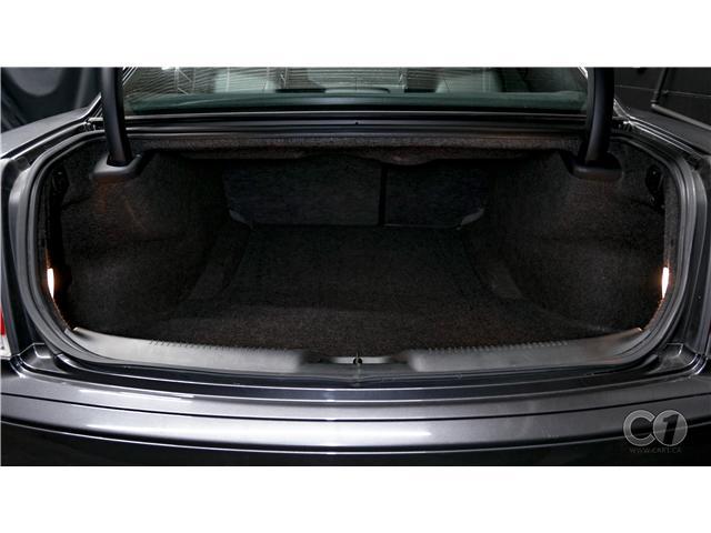 2018 Chrysler 300 S (Stk: CT19-221) in Kingston - Image 7 of 33