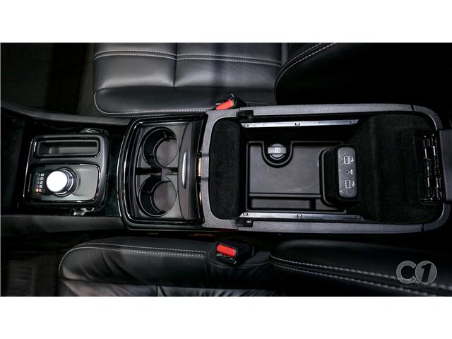 2018 Chrysler 300 S (Stk: CT19-221) in Kingston - Image 27 of 33