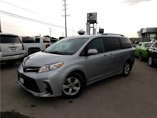 2019 Toyota Sienna LE 8-Passenger (Stk: N13398) in Newmarket - Image 5 of 29