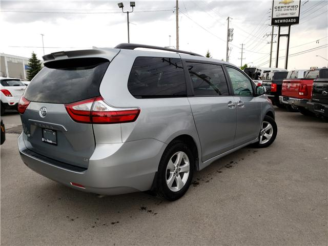 2019 Toyota Sienna LE 8-Passenger (Stk: N13398) in Newmarket - Image 3 of 29