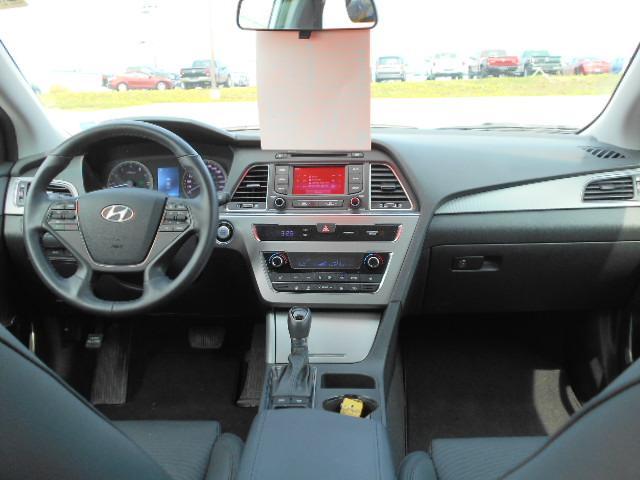 2016 Hyundai Sonata GLS (Stk: M19-95A) in Sydney - Image 8 of 9
