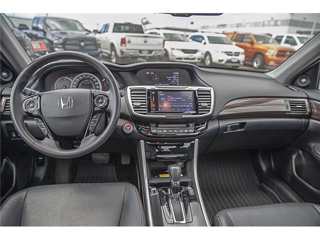 2016 Honda Accord Touring (Stk: EE909190) in Surrey - Image 12 of 23