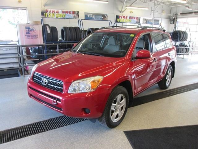 2008 Toyota RAV4 Base (Stk: 206972) in Gloucester - Image 1 of 16