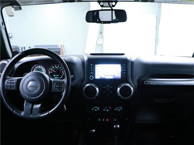 2014 Jeep Wrangler Unlimited Sahara (Stk: 195407) in Kitchener - Image 6 of 28