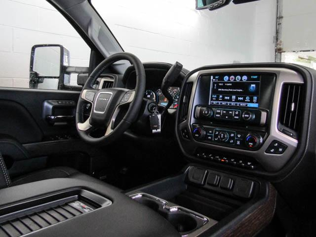 2019 GMC Sierra 3500HD Denali (Stk: 89-99260) in Burnaby - Image 4 of 13