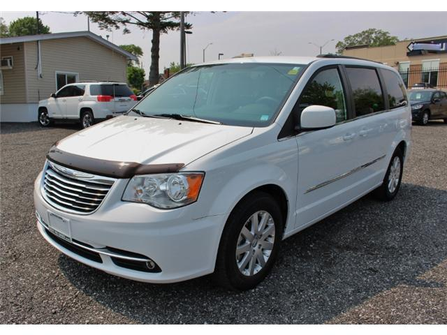 2015 Chrysler Town & Country Touring (Stk: 191029B) in Leamington - Image 3 of 27