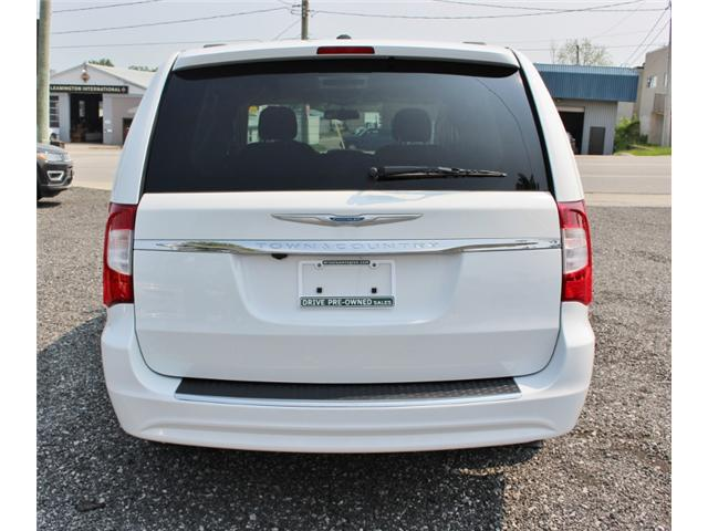 2015 Chrysler Town & Country Touring (Stk: 191029B) in Leamington - Image 6 of 27