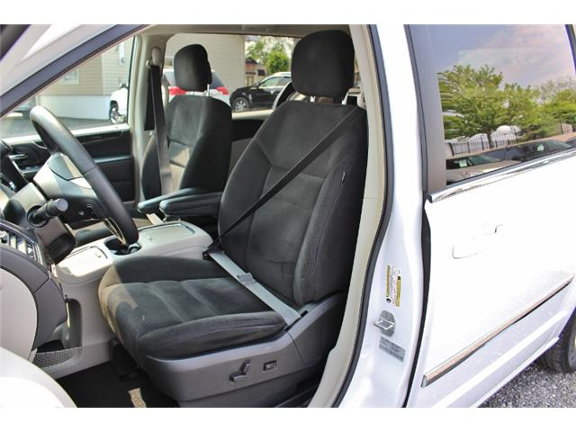 2015 Chrysler Town & Country Touring (Stk: 191029B) in Leamington - Image 12 of 27