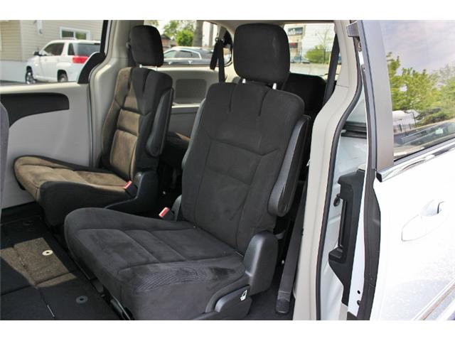 2015 Chrysler Town & Country Touring (Stk: 191029B) in Leamington - Image 14 of 27