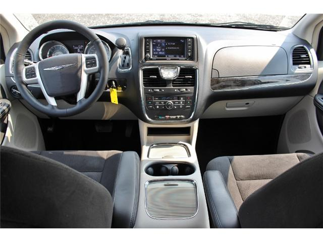 2015 Chrysler Town & Country Touring (Stk: 191029B) in Leamington - Image 9 of 27