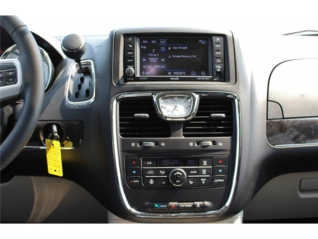 2015 Chrysler Town & Country Touring (Stk: 191029B) in Leamington - Image 20 of 27