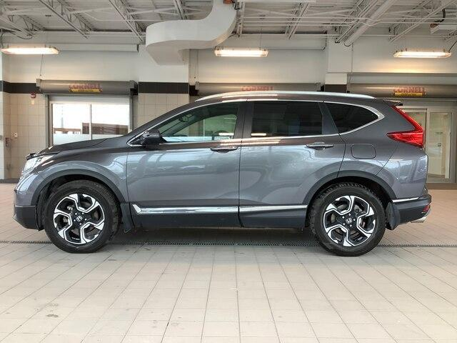 2018 Honda CR-V Touring (Stk: 1679A) in Kingston - Image 2 of 12