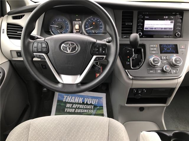 2018 Toyota Sienna LE 8-Passenger (Stk: -) in Kemptville - Image 13 of 30