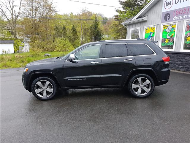 2015 Jeep Grand Cherokee Overland (Stk: 00123) in Middle Sackville - Image 2 of 28
