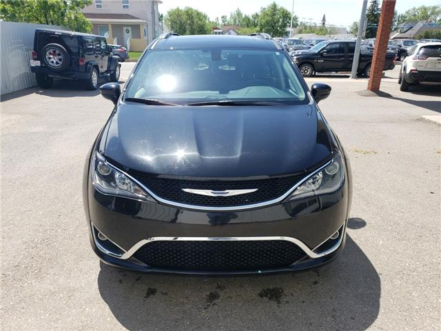 2018 Chrysler Pacifica Touring-L Plus (Stk: 15061) in Fort Macleod - Image 2 of 21
