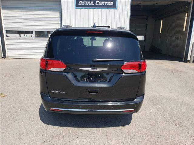 2018 Chrysler Pacifica Touring-L Plus (Stk: 15061) in Fort Macleod - Image 5 of 21