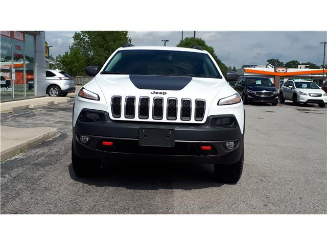 2018 Jeep Cherokee Trailhawk (Stk: JD500451) in Sarnia - Image 2 of 5