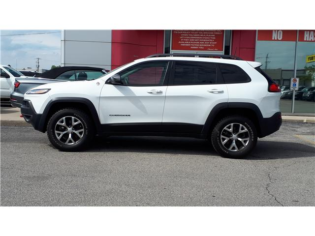 2018 Jeep Cherokee Trailhawk (Stk: JD500451) in Sarnia - Image 3 of 5