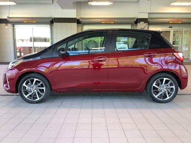 2019 Toyota Yaris SE (Stk: 21326) in Kingston - Image 2 of 23