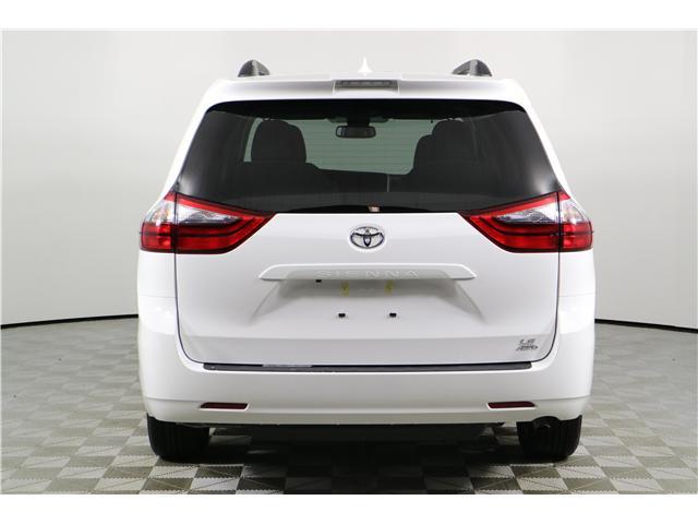 2020 Toyota Sienna LE 7-Passenger (Stk: 292394) in Markham - Image 10 of 29
