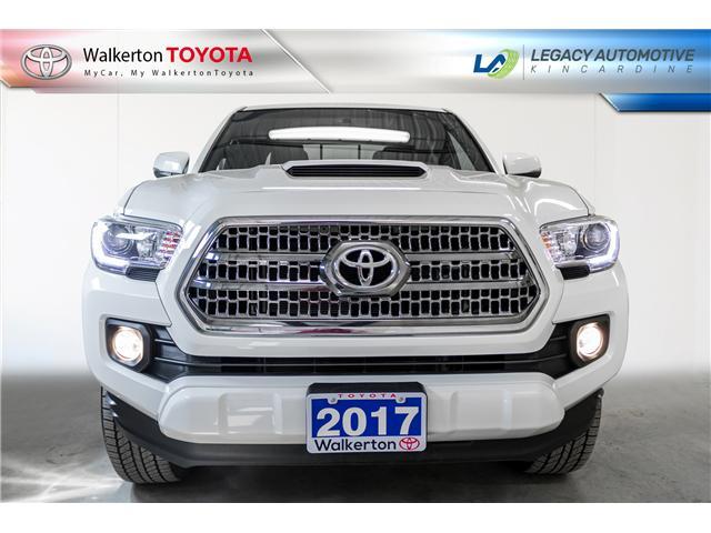 2017 Toyota Tacoma SR5 (Stk: P9058) in Kincardine - Image 2 of 19