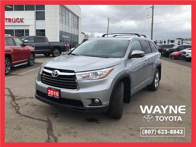 2016 Toyota Highlander Limited (Stk: 10879) in Thunder Bay - Image 1 of 30