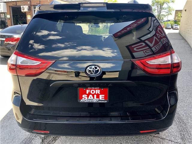 2018 Toyota Sienna LE 8-Passenger (Stk: 8381204) in Toronto - Image 6 of 15