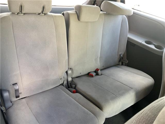 2018 Toyota Sienna LE 8-Passenger (Stk: 8381204) in Toronto - Image 12 of 15