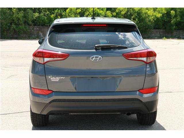 2016 Hyundai Tucson Base (Stk: 1902057) in Waterloo - Image 4 of 27