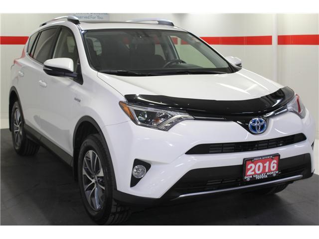 2016 Toyota RAV4 Hybrid XLE (Stk: 298417S) in Markham - Image 2 of 25