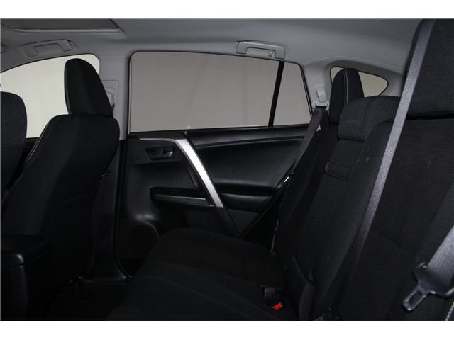2016 Toyota RAV4 Hybrid XLE (Stk: 298417S) in Markham - Image 19 of 25
