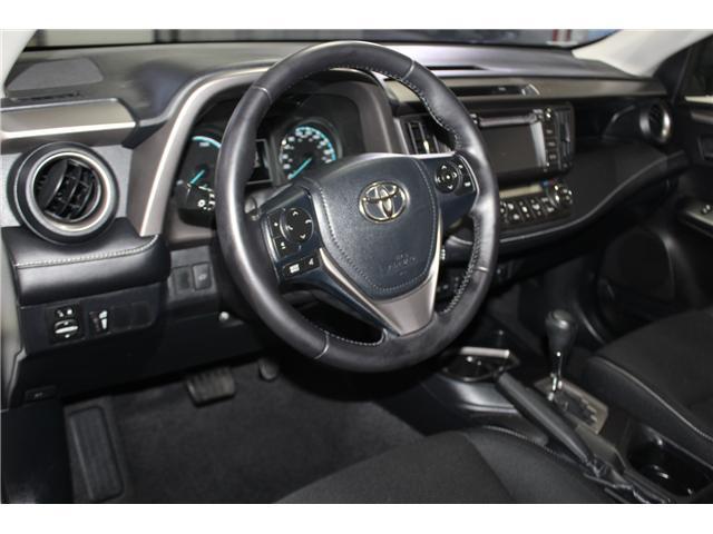 2016 Toyota RAV4 Hybrid XLE (Stk: 298417S) in Markham - Image 10 of 25