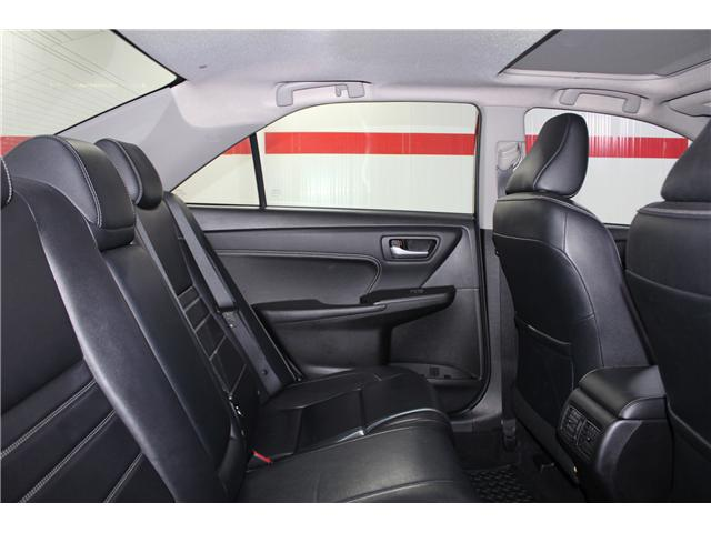 2016 Toyota Camry XLE (Stk: 298332S) in Markham - Image 21 of 26