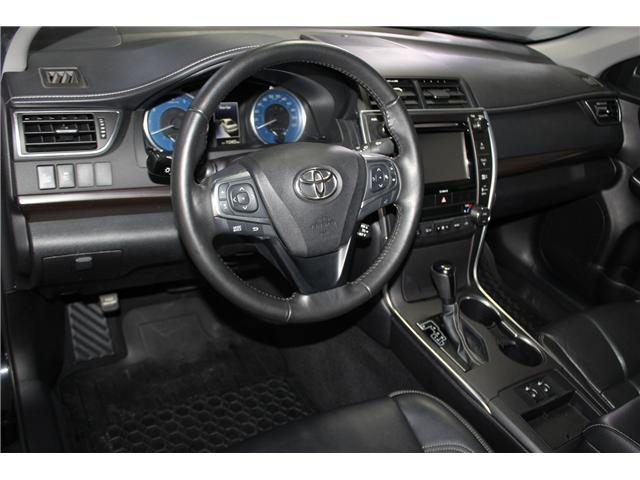 2016 Toyota Camry XLE (Stk: 298332S) in Markham - Image 10 of 26