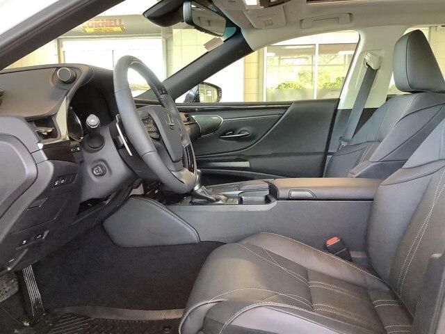 2019 Lexus ES 350 Premium (Stk: 1543) in Kingston - Image 10 of 27