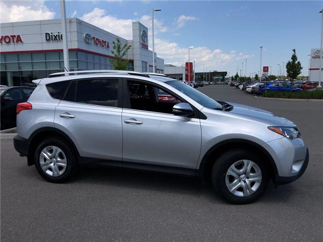 2015 Toyota RAV4 LE (Stk: D190937A) in Mississauga - Image 2 of 16