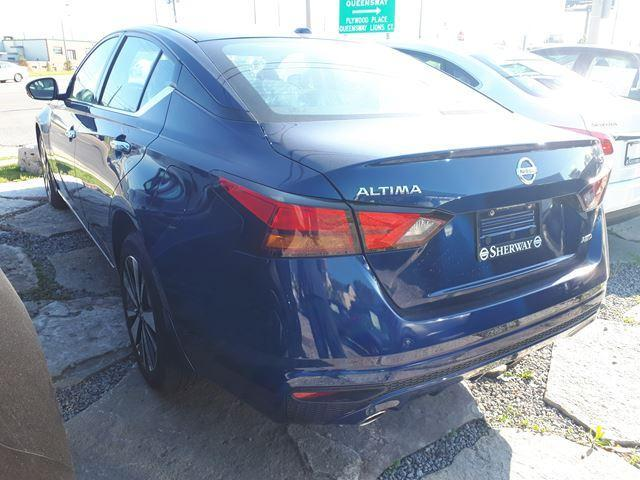 2019 Nissan Altima 2.5 SV (Stk: T19032) in Toronto - Image 2 of 10