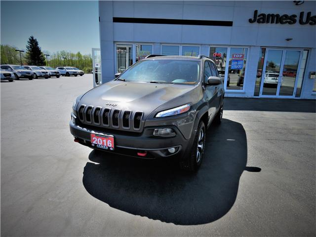 2016 Jeep Cherokee Trailhawk (Stk: N19227A) in Timmins - Image 1 of 17