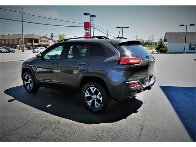 2016 Jeep Cherokee Trailhawk (Stk: N19227A) in Timmins - Image 9 of 17