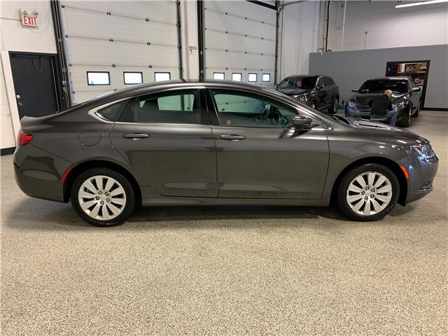 2015 Chrysler 200 LX (Stk: B12060) in Calgary - Image 4 of 15
