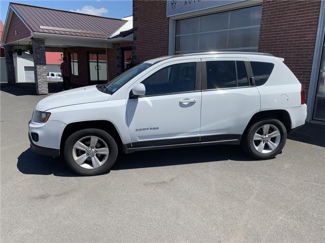 2014 Jeep Compass Sport/North (Stk: 835085) in Truro - Image 2 of 5