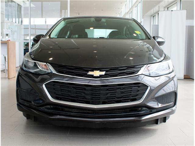 2017 Chevrolet Cruze LT Auto (Stk: 68637A) in Saskatoon - Image 2 of 6